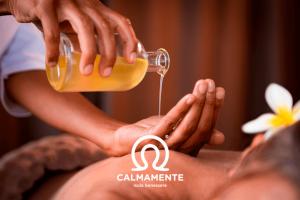 massaggio con olii essenziali